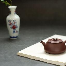 文人茶室|妙挚窑釉里红三果纹柳叶瓶 茶室雅物